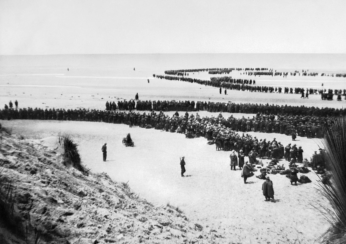 Allied troops on the beach at Dunkirk waiting for evacuation