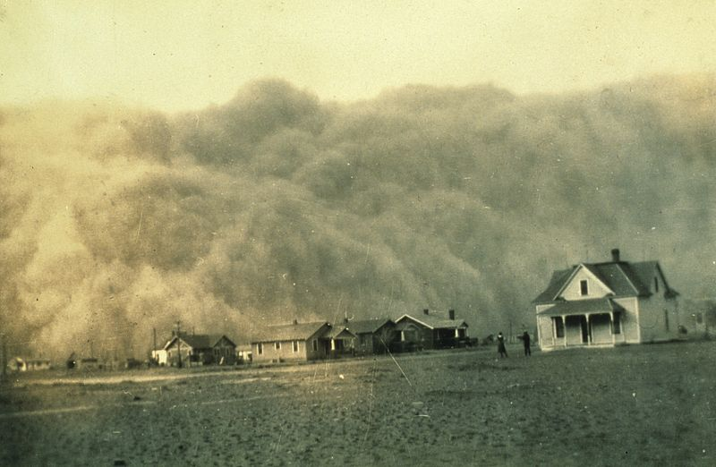 Dust storm in Texas during Dust Bowl, 1935