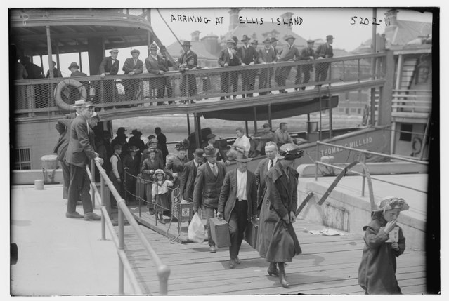 Immigrants arriving at Ellis Island, 1915