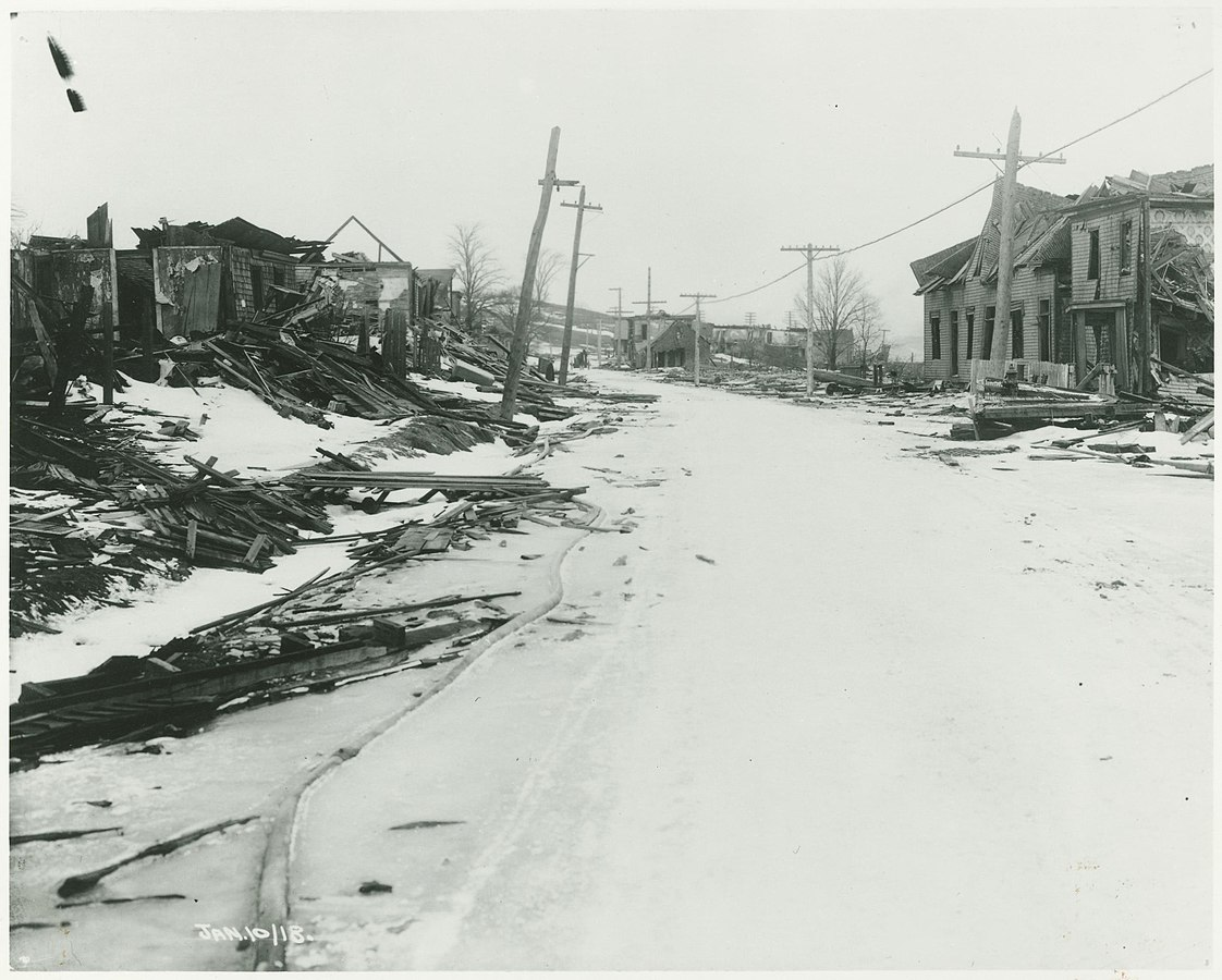 A street view following the Halifax Explosion in 1917