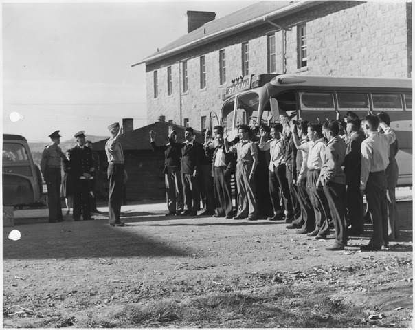 Navajo U.S. Marine Corps code-talker recruits being sworn in at Fort Wingate